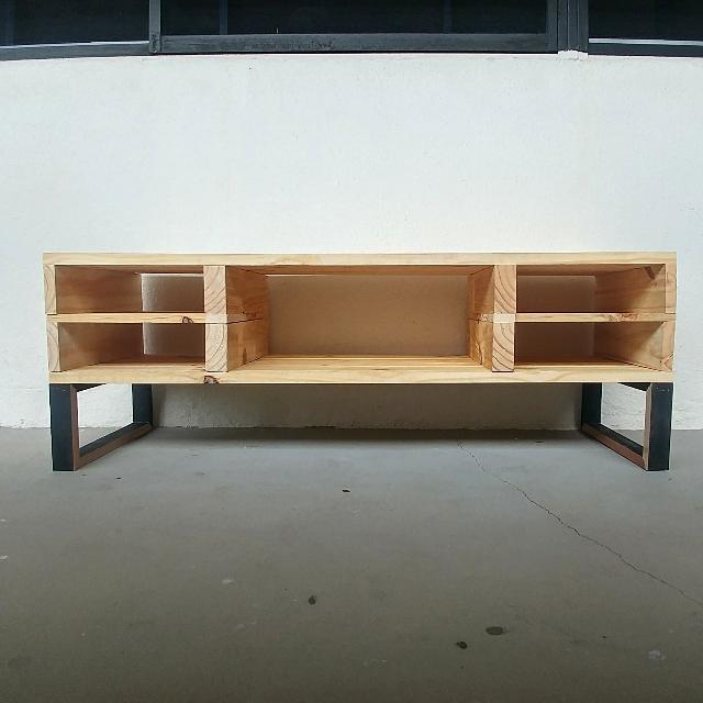 Custom Build Pallet Wood TV Console