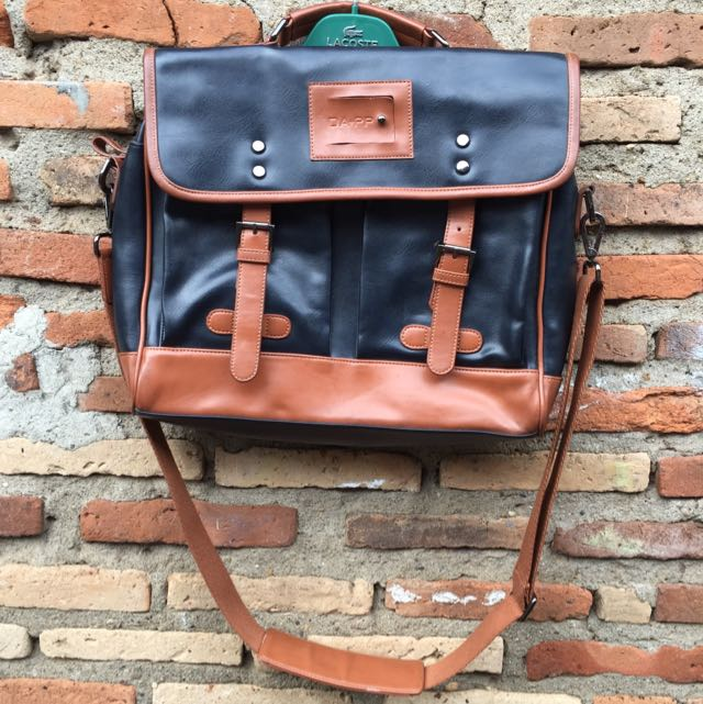 DA+PP sling bag leather
