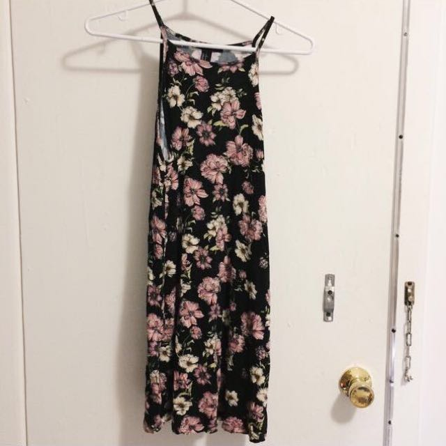 Floral dress (Forever21)