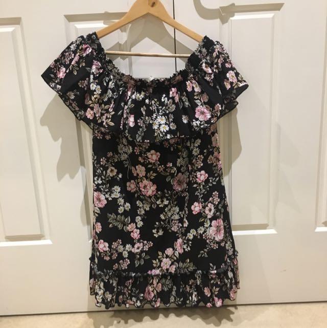 Gingham And Heels Jaase Floral Dress