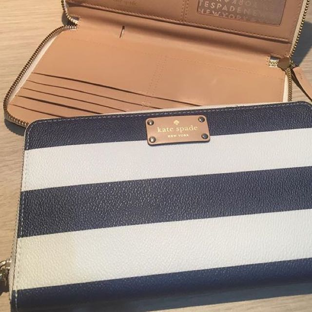 Kate Spade wallet (special Price Only For Today!!)