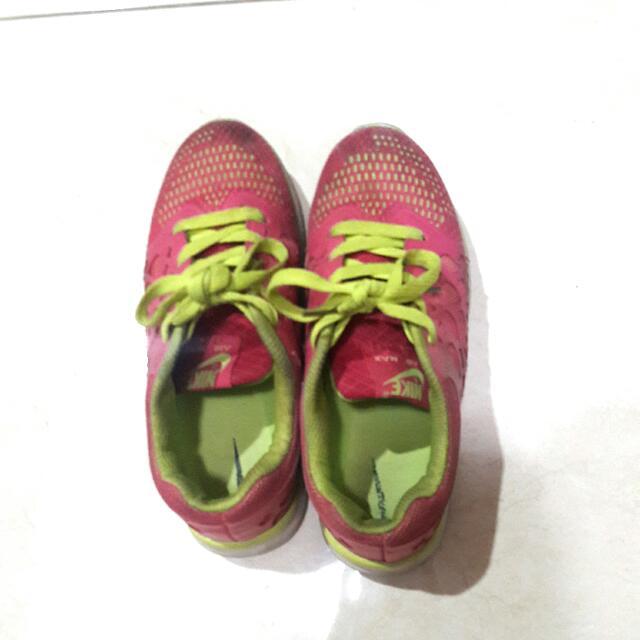 Nike Air Max 5.0