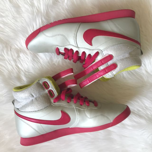 Nike High Tops Size 39