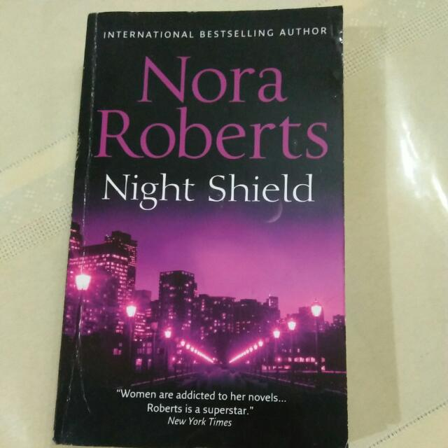 Nora Roberts Night Shield