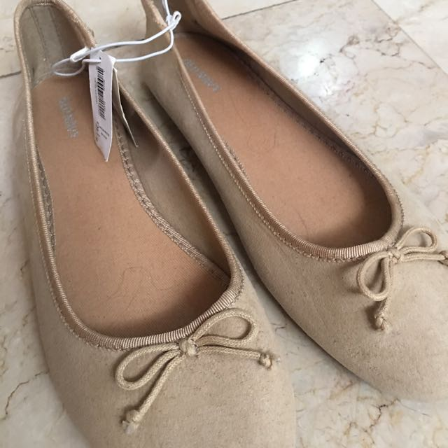 BNEW Old Navy Flat Shoes