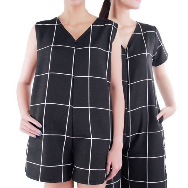playsuit size S fit to M