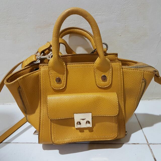 Preloved Cloxvox Bag