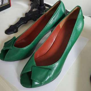 Marc Jacob 100% Leather Open Toe Pumps 8