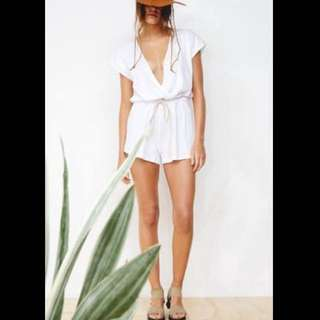 ZULU & ZEPHYR WHITE PLAYSUIT JUMPSUIT WRAP AROUND SIZE 10