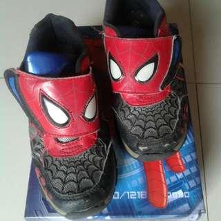"Sepatu Anak ""Spiderman"""