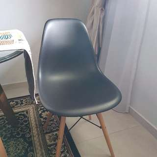 6 x Replica Eames Black Dining Chairs