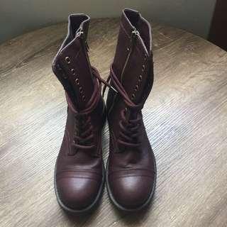 Maroon Boots (6.5)