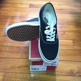 VANS authentic 滑板鞋