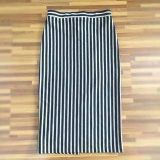 Stripped Pencil Skirt
