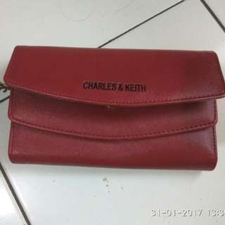 Dompet Charles And Keith (KW)