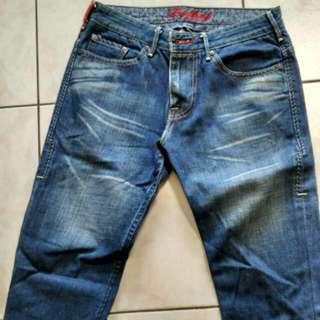Levi's 牛仔褲 刷色 黑標 低腰 九成新