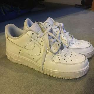 Nike Air Force One's Size 39 (women's AU8)