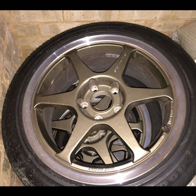 "17"" Buddy Club P1 Rims & Tyres"