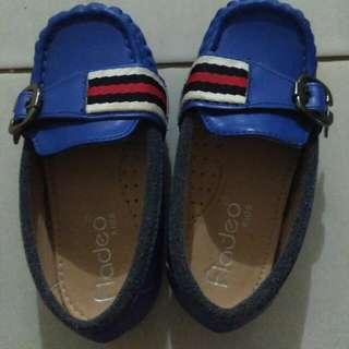 Sepatu Anak Laki Cowok Uk 27 Fladeo