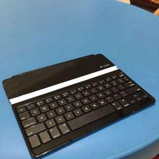 Logitech Magnetic iPad 3 Keyboard