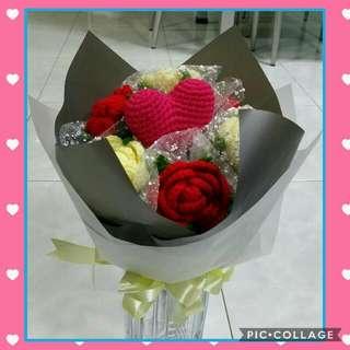 Crochet Valentine's Rose Bouquet