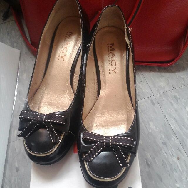 蝴蝶結低跟鞋22.5(可物換)