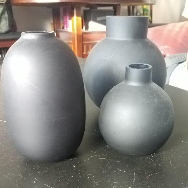 3 H&M Flat Black Finish Vase Set
