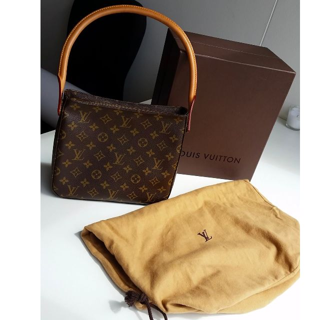 LOUIS VUITTON Monogram Canvas Looping MM Bag *Authentic