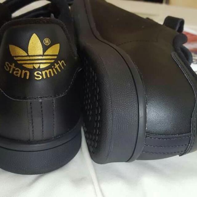 AUTHENTIC STAN SMITH