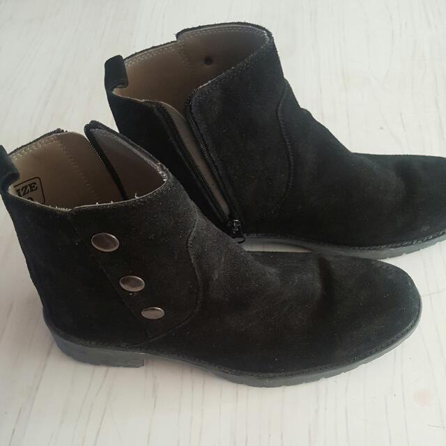Black Faux Leather Shoe