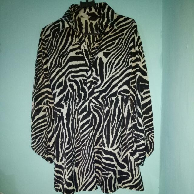 Blouse Zebra Pattern