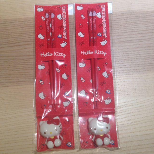 Brand New Hello Kitty Chopsticks With Holder