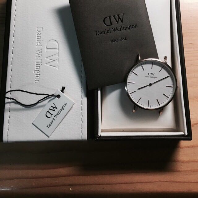 Daniel Wellington 錶 (錶帶因衛生問題不賣)