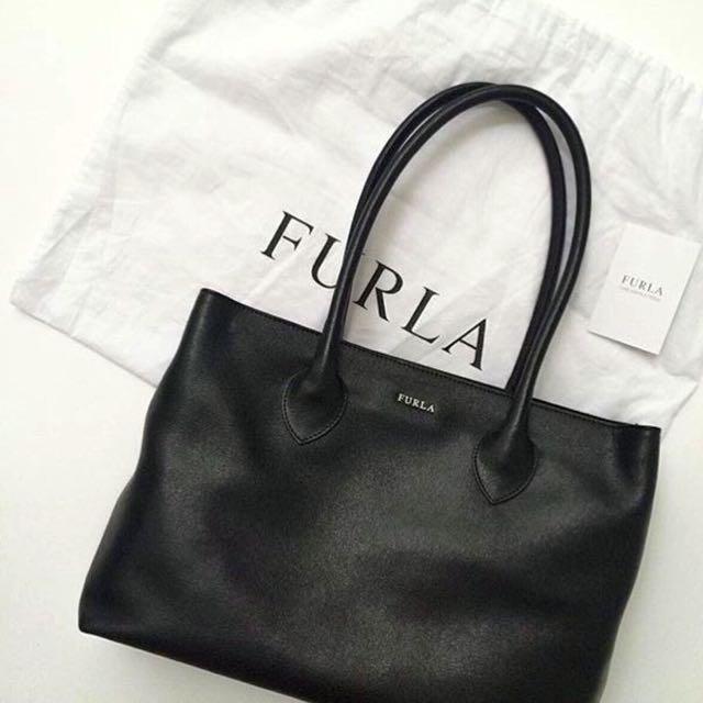 FURLA Shoulder/Tote Bag/Tas (Black) SALE!!