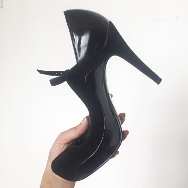 High Heels With Straps