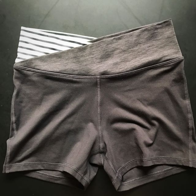 H&M Grey & Mint Green Shorts Size S