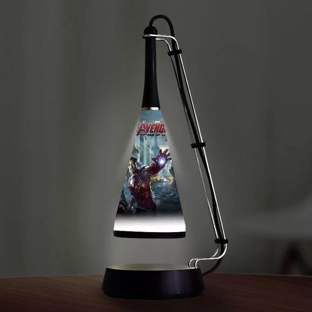 漫威系列英雄LED音響檯燈 可USB充電 可音源線插入播放音樂 可藍芽配對播放音樂 $750