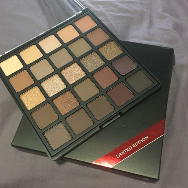 Morphe 25B Limited Edition Bronzed Mocha Palette