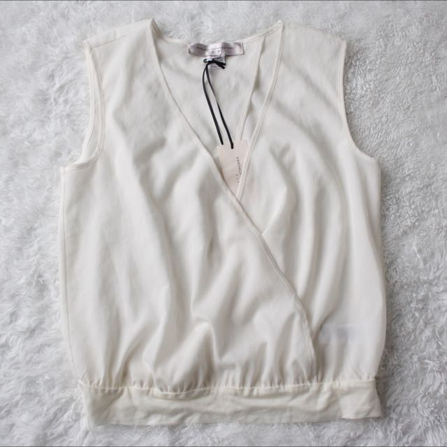 NWT French Connection V Neck Open Front-Back Sleeveless Too