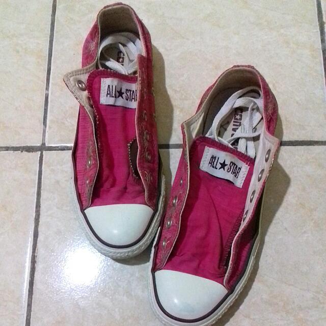 Original Converse All Star with Flower Motif Size 4,5 (36-37)