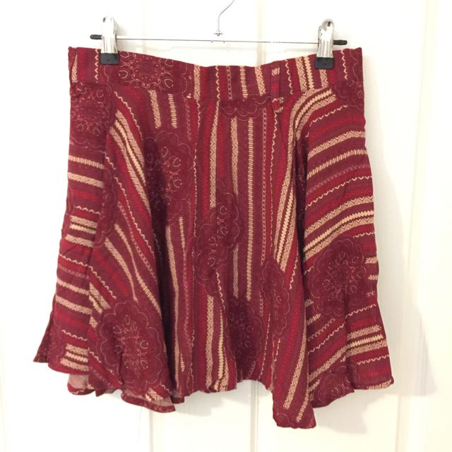 Red Factorie Skirt Size Small