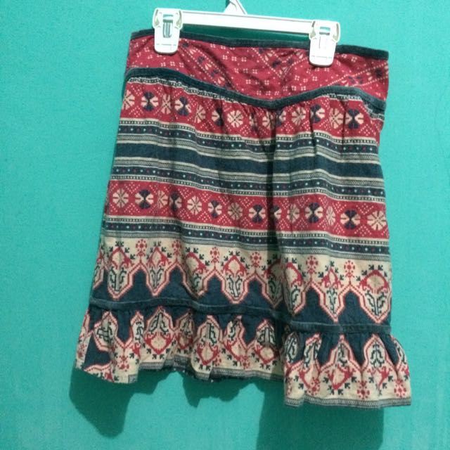 Rok Pendek Tribal