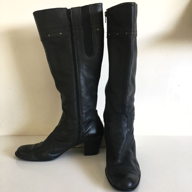 Size 10 leather knee high boots