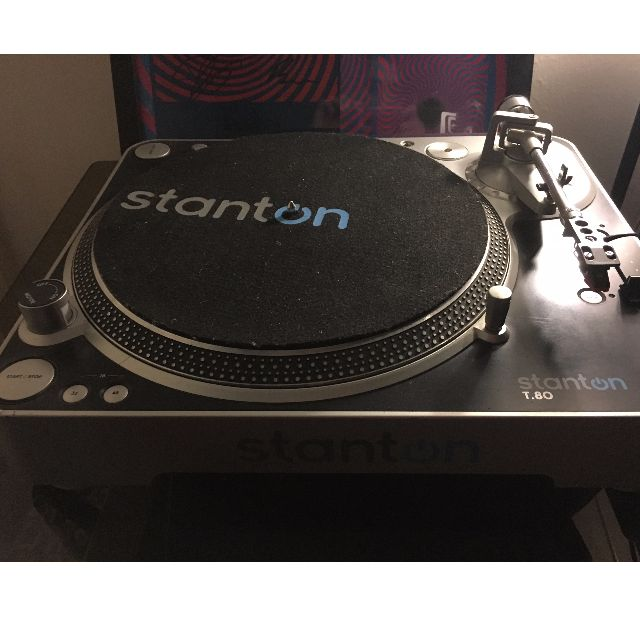 Stanton T80 Turntable + FREE GIFT