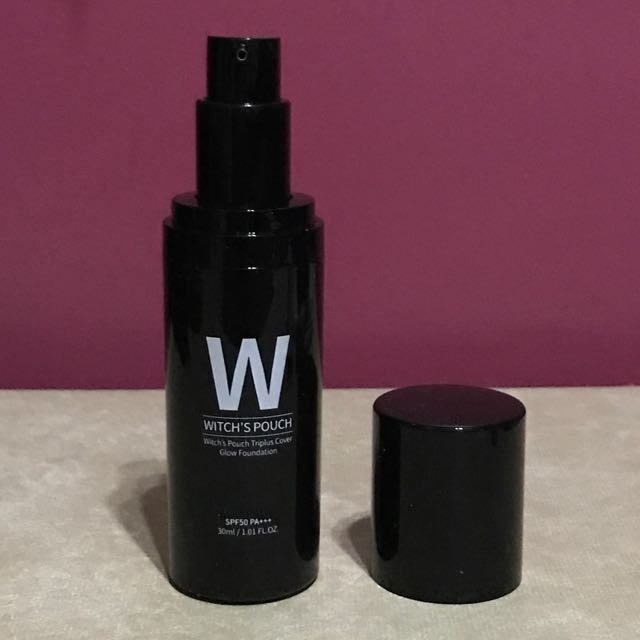Witch's Pouch Triplus Cover Glow Foundation