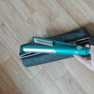 VS Sassoon Hair Straighteners