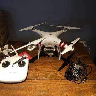 Phantom 3 Drone With Camera and Controller