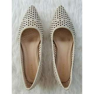 100% AUTHENTIC Zalora Perforated Pointed Ballerinas