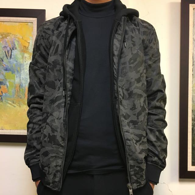 100%new ZARA黑迷彩夾克 L號