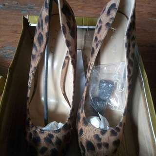 FLD Leopard Wedges